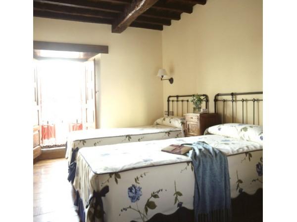 Casa rural campoo casa rural naveda campoo los - Casa rural reinosa ...