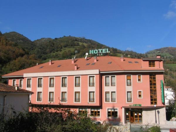 Hotel Las Cruces  - Mts Cantabriques - Asturias