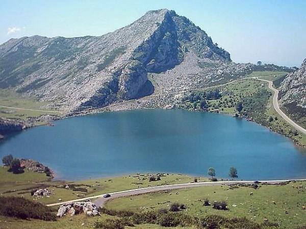Apartamentos Rurales Les Cuartes  - Cantabrische Mts. - Asturias