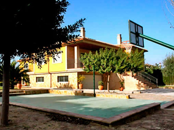 Person Villa Sout Of Spain