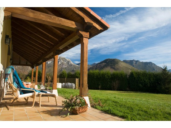 Casa Peruyes  - Cantabrian Mts. - Asturias