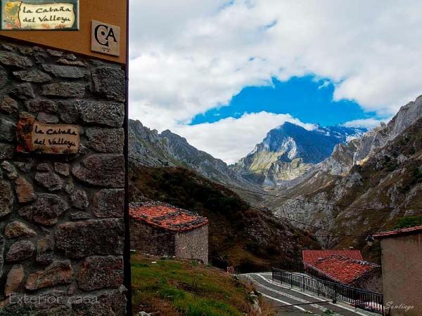 La Cabaña Del Valleyu  - Cantabrian Mts. - Asturias