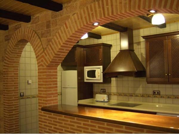 Casas rurales el pinar casa rural el picazo - Salon cocina rustico ...