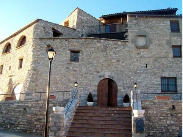 Cal Salvador  - Inside Catalonia - Lleida