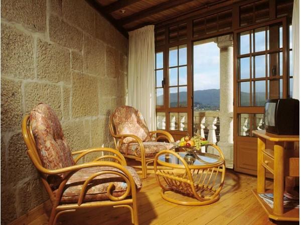 A Casa Antiga Do Monte  -  - A Coru�a