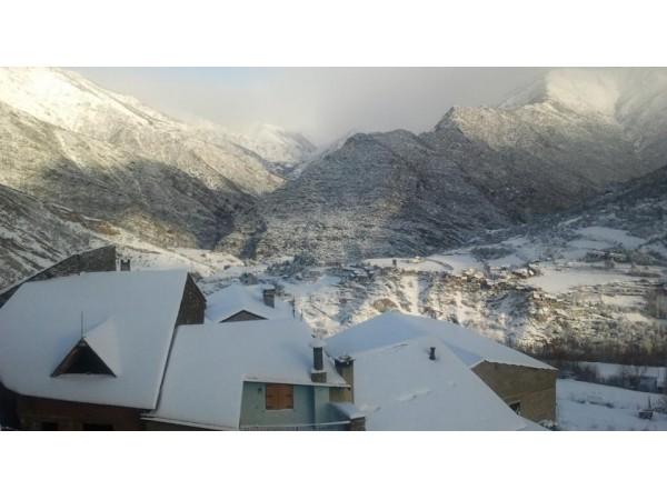 Lo Paller De Roc  - Pyrenees - Lleida