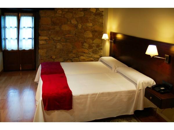 Hotel Torre De Tuña  - Cantabrian Mts. - Asturias