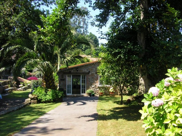 La matilda casa rural novales costa occidental for El jardin de novales