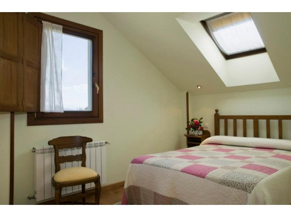 Apartamentos La Cruz De Paderne  - Cantabrian Mts. - Asturias