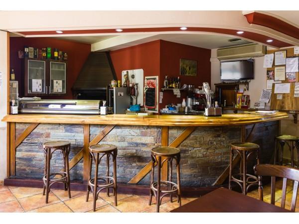 Hotel rural tierra de lobos hotel rural puebla de for Bar restaurante el jardin zamora