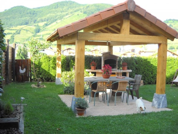 Casa rural lizartzanea casa rural leitza sierra aralar y urbasa navarra espacio rural - Casas rurales en san sebastian baratas ...