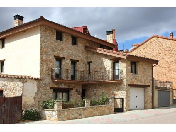 Casa rural la hortelana casa rural los r banos soria soria espacio rural - Casas rurales con piscina cerca de madrid ...