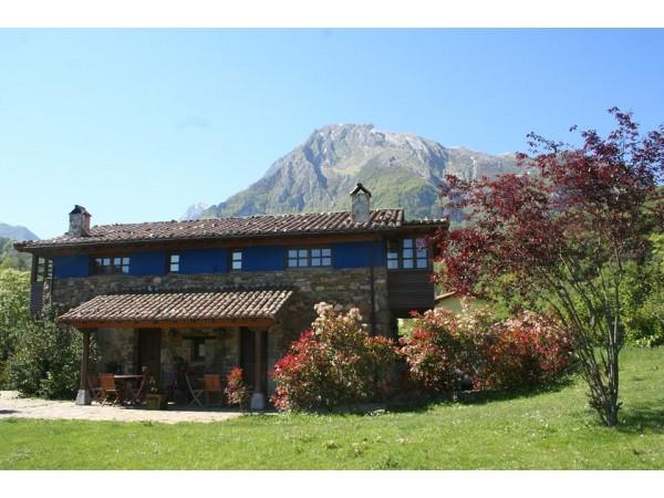 Valle de bueida casa de aldea quir s oviedo asturias espacio rural - Casas rurales cerca de oviedo ...