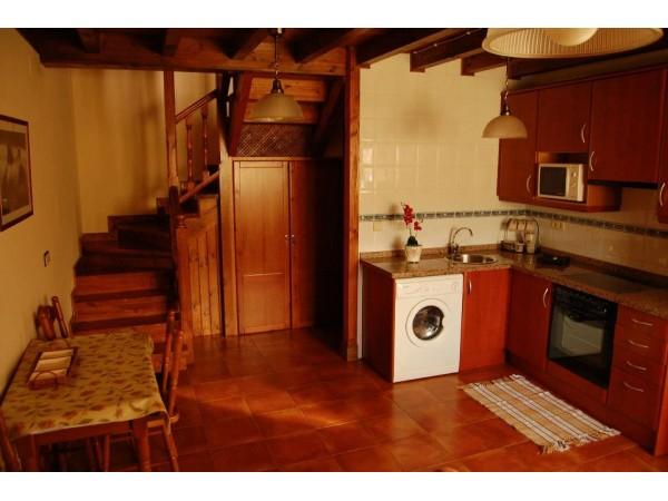Casa De Aldea Belarmino  - Cantabrian Mts. - Asturias