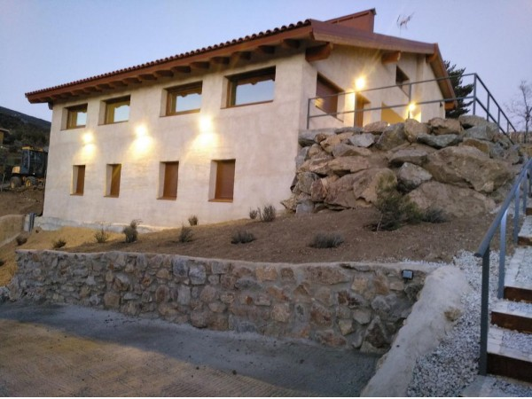 Casa De Montaña Eseija  - Autour Madrid - Madrid
