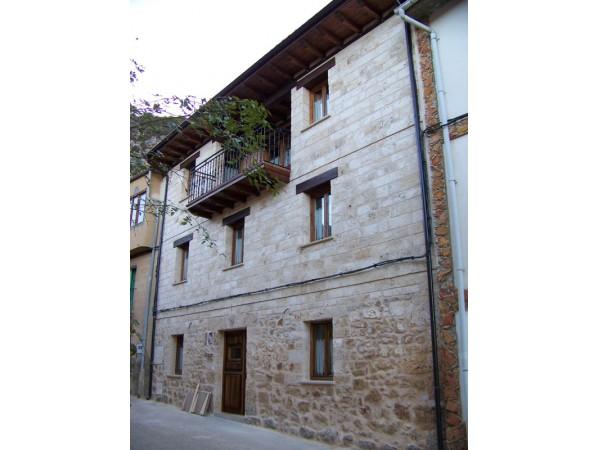 Poza De La Torca I
