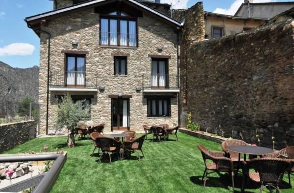 La comella casa rural t rvia pallars sobira lleida espacio rural - Casa en catalan ...