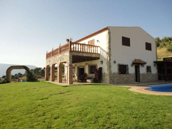 Casa rural rancho los cu aos casona rural el gastor sierra de cadiz cadiz espacio rural - Casa antonio zahara ...