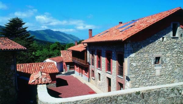 El Cueto De Los Collado  - Cantabrian Mts. - Asturias