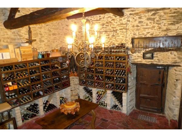 Restaurante hosteria camino cocina tradicional luyego - Bodegas rusticas fotos ...