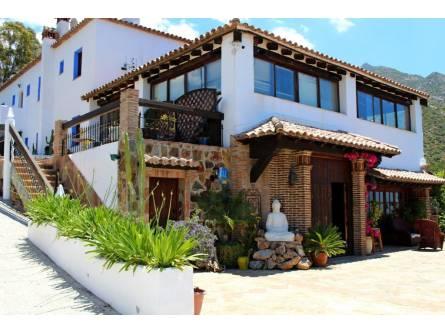 Hotel Los Jarales