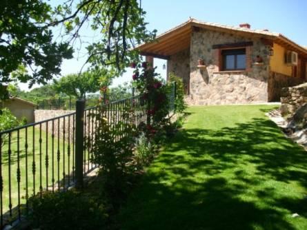 Casas Rurales Y Aptos T. Higueral De La Sayuela