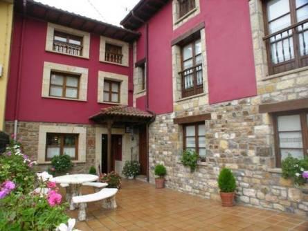 Casa De Aldea La Regoria