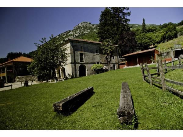Casona Valle De Soba