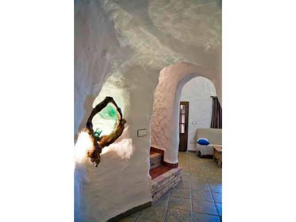 Cuevas La Atalaya