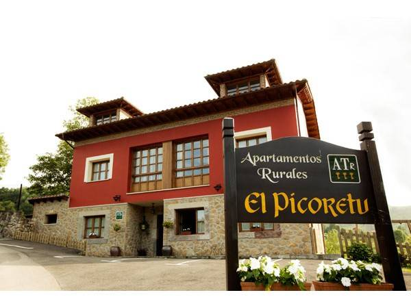 Apartamentos El Picoretu