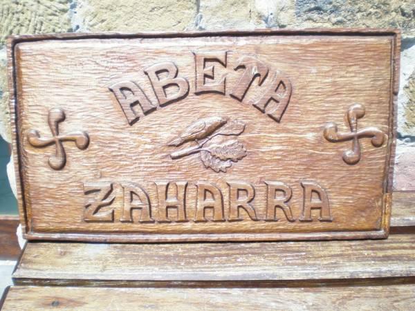 Abeta Zaharra