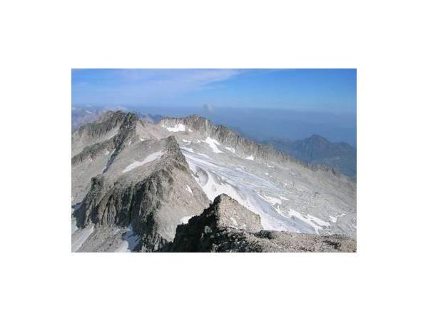 Ascensión al Pico del Aneto (3404 m)